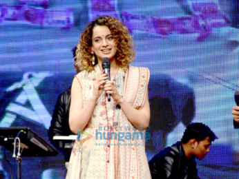 Shah Rukh Khan, Salman Khan, Karisma Kapoor, Kangna Ranaut and others celebrate 'International Customs Day'