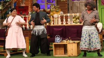 Shah Rukh Khan and Nawazuddin Siddiqui promote their film Raees on 'The Kapil Sharma Show'-1