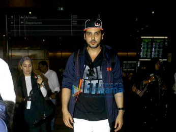 Shilpa Shetty, Sussanne Roshan and others snapped at the airport