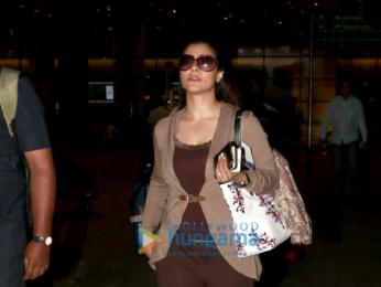 Kajol and Arbaaz Khan snapped at the airport