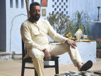 Check out: Sanjay Dutt on the sets of Omung Kumar's Bhoomi