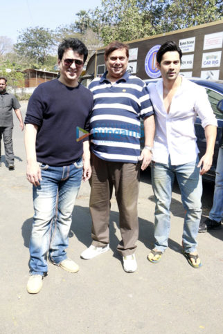 Varun Dhawan, David Dhawan and Sajid Nadiadwala at Judwaa 20th year media meet