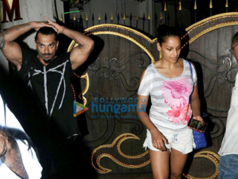 Karan Singh Grover & Bipasha Basu snapped post their spa session in Juhu