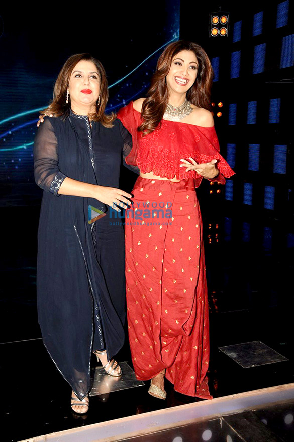 Shilpa Shetty & Farah Khan snapped on the sets of Indian Idol