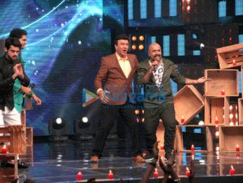 Sonakshi Sinha promotes 'Noor' on 'Indian Idol'
