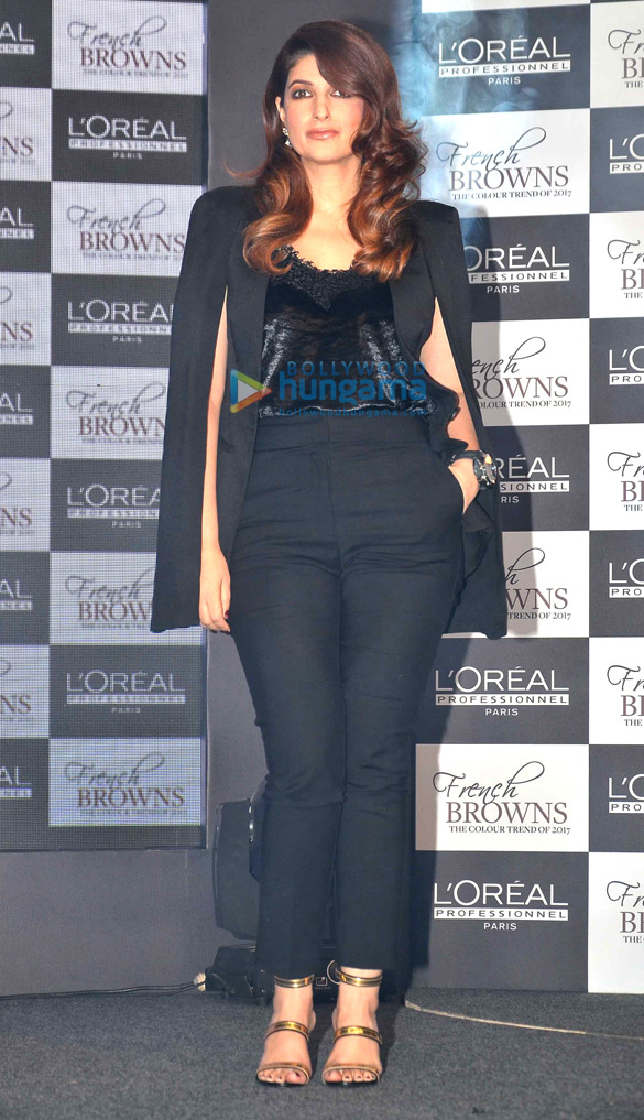 Twinkle Khanna graces the launch of LO'real's new product