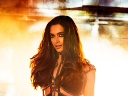 Raabta Title Track Featuring THE SMOKING HOT Deepika Padukone