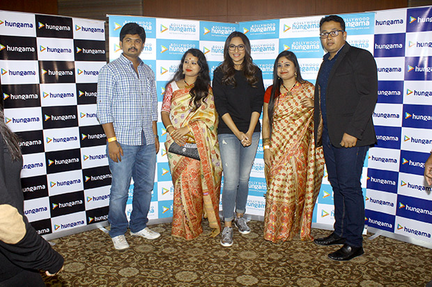 Check out Fans have a blast with Sonakshi Sinha at the Bollywood Hungama Meet N Greet-5