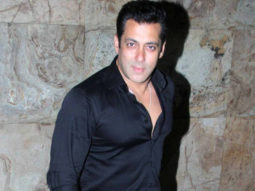 Salman Khan donated Rs. 1 lakh to a mediaperson suffering from brain haemorrhage