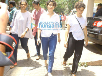 Aamir Khan, Kiran Rao, Kajol and others attend Reema Lagoo's funeral