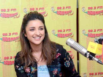 Ayushmann Khurrana and Parineeti Chopra promote 'Meri Pyaari Bindu' at 98.3 FM Radio Mirchi