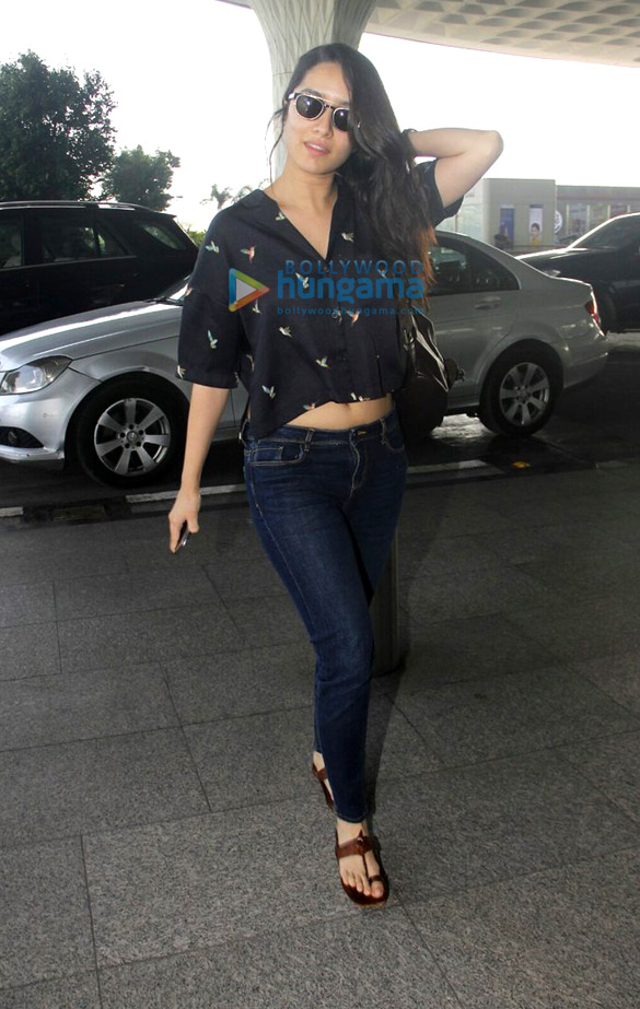 Deepika Padukone, Ayushmann Khurana, Parineeti Chopra, Shraddha Kapoor and Arjun Kapoor snapped at the airport