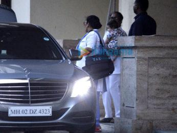 Kareena Kapoor Khan and son Taimur snapped at Amrita Arora's house