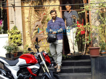 Ranveer Singh, John Abraham and other celebrities snapped in Bandra