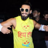 Ranveer Singh's Public Display Of Body & Beard Is A SUPER HOT Combo