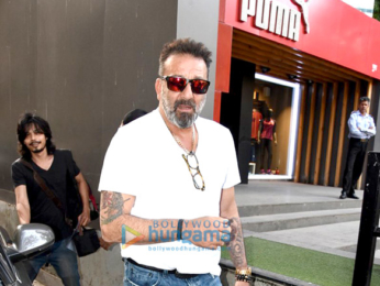 Sanjay Dutt, Mahesh Bhatt and Pooja Bhatt snapped post meeting at Vishesh Films' office