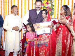 Vivek Oberoi gifts new house to acid attack survivor