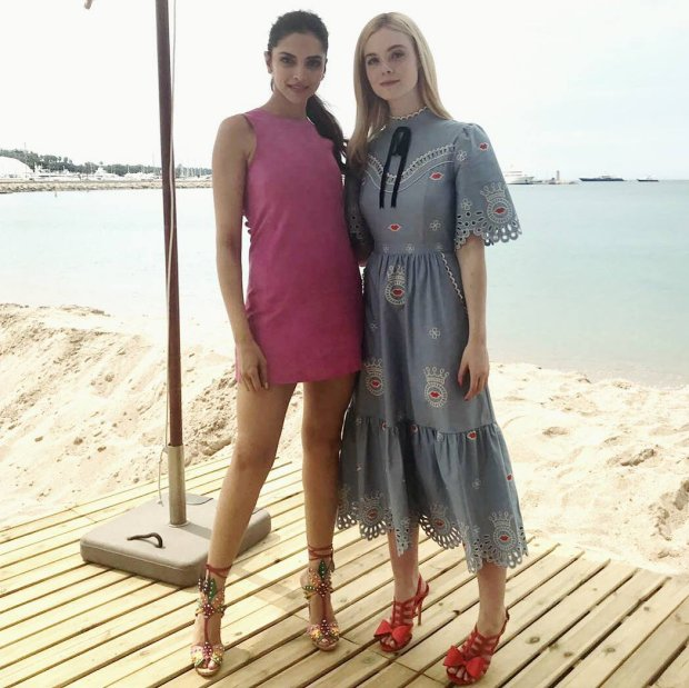 WOW! Deepika Padukone's sunshine look in yellow dress and cute pink dress at Cannes 2017 is refreshing (3)