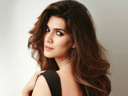 WOW! Kriti Sanon indulges in chocolate making