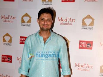 Waluscha De Sousa, Amit Gaur and Shamita Singha grace the Mod' Art Fashion showcase