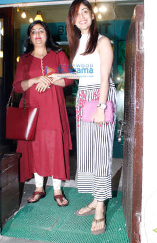 Yami Gautam snapped post her salon session