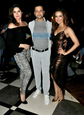 Zareen Khan, Sana Khan, Sharman Joshi and many more at Vishal Pandya's birthday bash