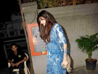 Athiya Shetty snapped post dinner in Bandra