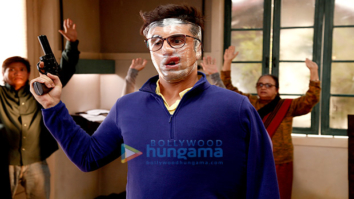 HILARIOUS! Ranbir Kapoor's face mask in Jagga Jasoos will leave you in splits