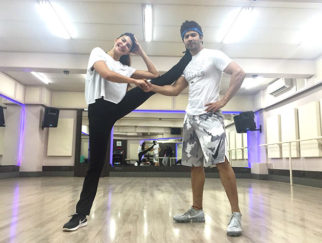 Here's a glimpse of Jacqueline Fernandez and Varun Dhawan's dance warm up sessions for Judwaa 2