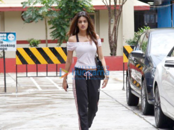 Nidhhi Agerwal snapped at the gym