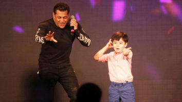 Salman Khan DANCING With Tubelight's Young Star Matin Rey Tangu video