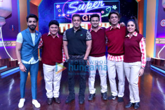 Salman Khan laughed his heart out at Super Night with Tubelight