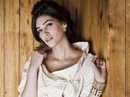 Kriti Sanon's CUTE Rapid Fire On AbRam, Deepika Padukone, Shah Rukh Khan