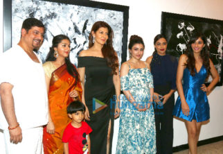 Soha Ali Khan and others at Bharat Thakur's art exhibition