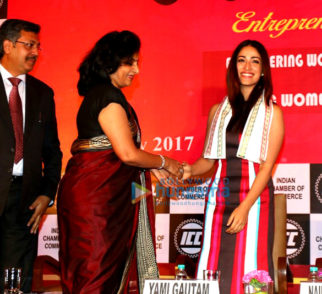 Yami Gautam receives 'Women's Achievers' award