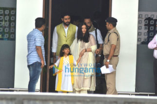 Abhishek Bachchan, Aishwarya Rai Bachchan, and Aaradhya Bachchan return from Allahabad after immersing Aishwarya father's ashes