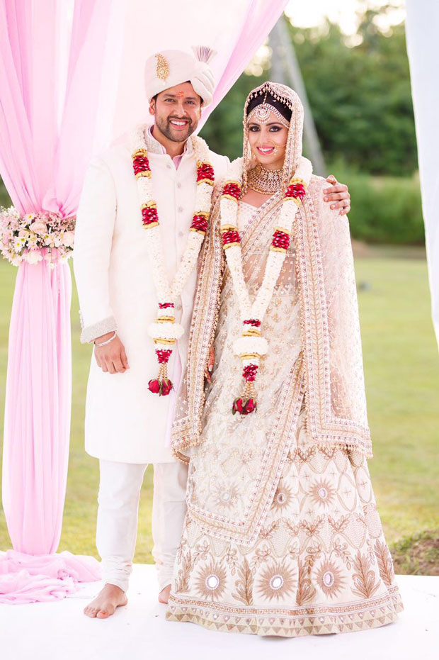 After Esha Deol, Aftab Shivdasani re-ties knot with wife Nin Dusanj in a private yet lavish wedding ceremony in Sri Lanka! -2