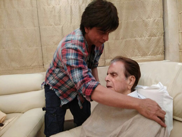 Check out Shah Rukh Khan visits a recovering Dilip Kumar and wife Saira Banu at their residence (2)