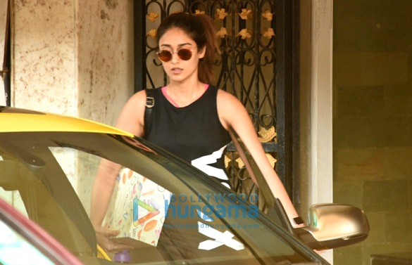 Ileana D'Cruz snapped in Juhu