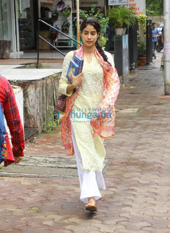 Jhanvi Kapoor snapped in Bandra