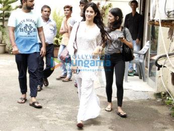 Jhanvi Kapoor snapped in Bandra post her dance practice