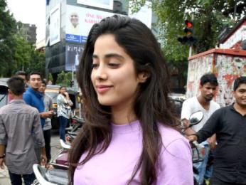 Jhanvi Kapoor snapped post lunch at Bastian Bandra