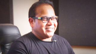 Julius Packiam Records A SUPERB Impromptu Jingle For Bollywood Hungama videos