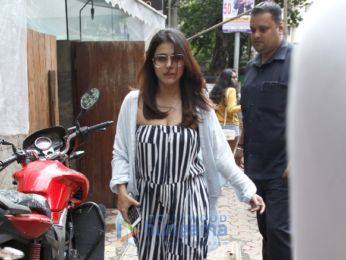 Kajol snapped with her daughter Nysa post lunch at Indigo