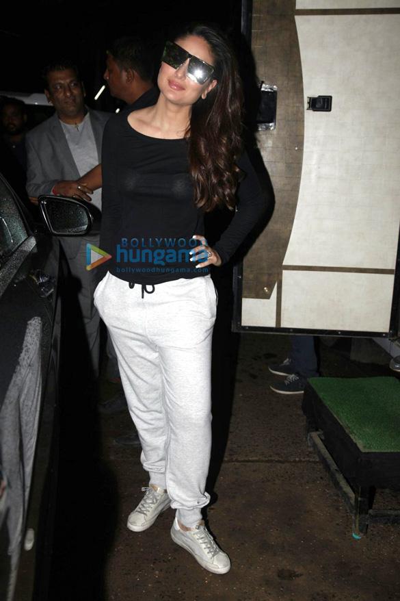 Kareena Kapoor Khan, Karisma Kapoor and their mother Babita snapped post an ad shoot