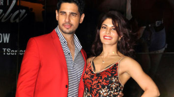 Kissing-Scenes-Are-Not-CUT-From-The-Film-Raj--Sidharth-Malhotra-Jacqueline-Fernandez-A-Gentleman