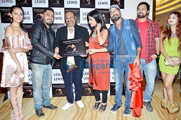 Lesle Lewis, Anup Jalota, Shibani Kashyap at launch of album 'Junoon Pyaar Ka'