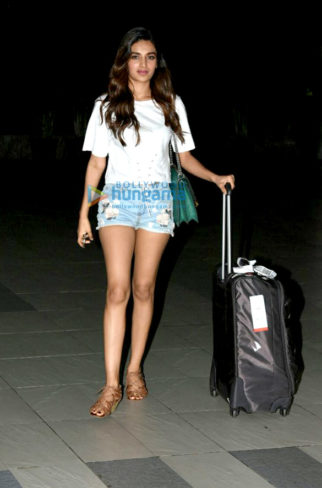 Nidhhi Agerwal, Taapsee Pannu and others snapped at the airport