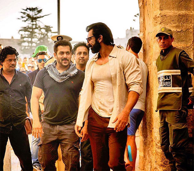 OMG Salman Khan looks dashing on the sets of Tiger Zinda Hai