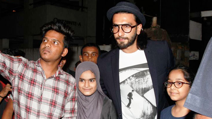 Ranveer Singh SPOTTED Outside His Grandfather's Residence video
